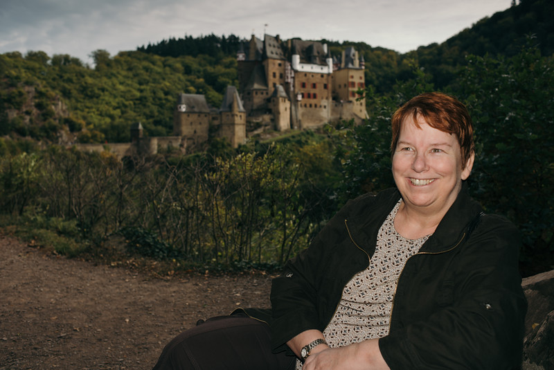 Burg Eltz Mary 2012.jpg