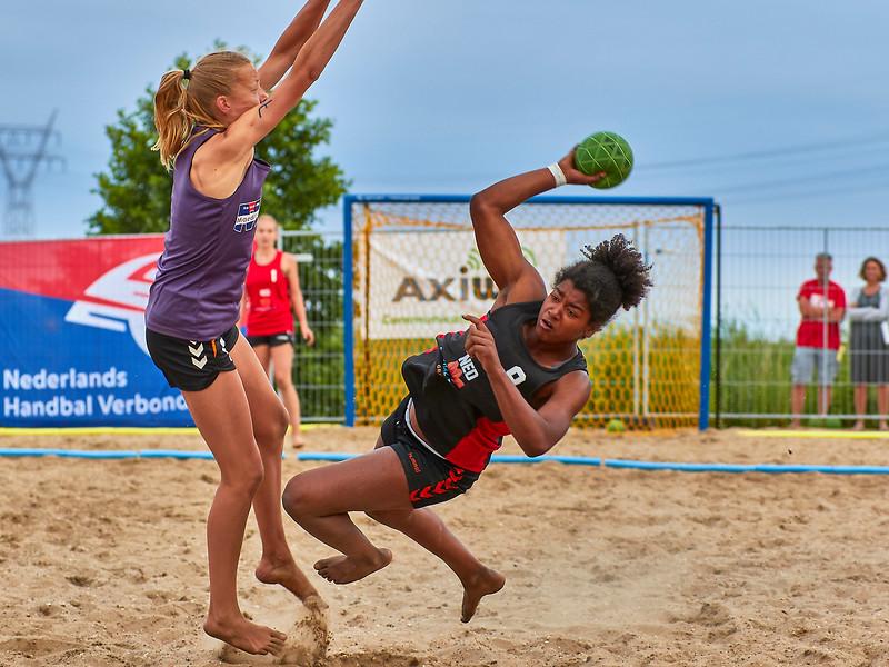 Molecaten NK Beach Handball 2017 dag 1 img 637.jpg