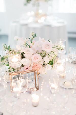 28203 Flower decoration centerpiece Silver