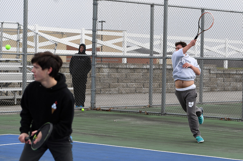 boys_tennis_1756.jpg