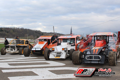 Fonda Speedway-4/17/21-Jann McGaffin