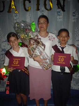 Graduación Primaria Jordan 2004