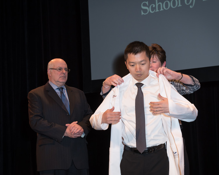2019_04_15_SODM_White_Coat_Ceremony-483.jpg