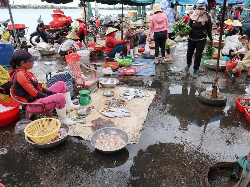 IMG_1975-fish-market.jpg