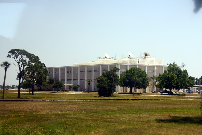 This building communicated with the Manned Spaceflight Center (later the Lyndon B. Johnson Space Center) in Houston during the Apollo Program