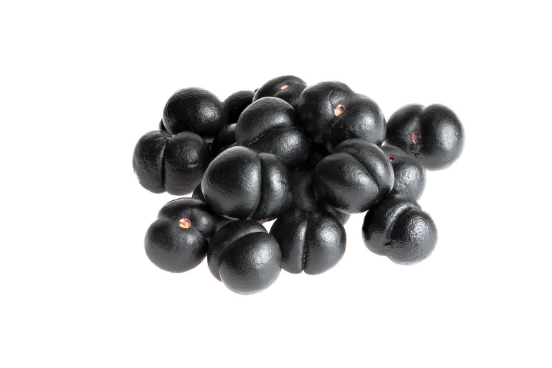 Tasmanian Pepper Berry 12p 100mm.jpg