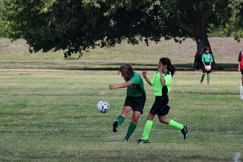 Soccer2011-09-17 11-35-21.JPG