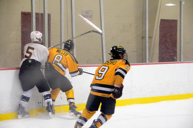 141004 Jr. Bruins vs. Boston Bulldogs-270.JPG