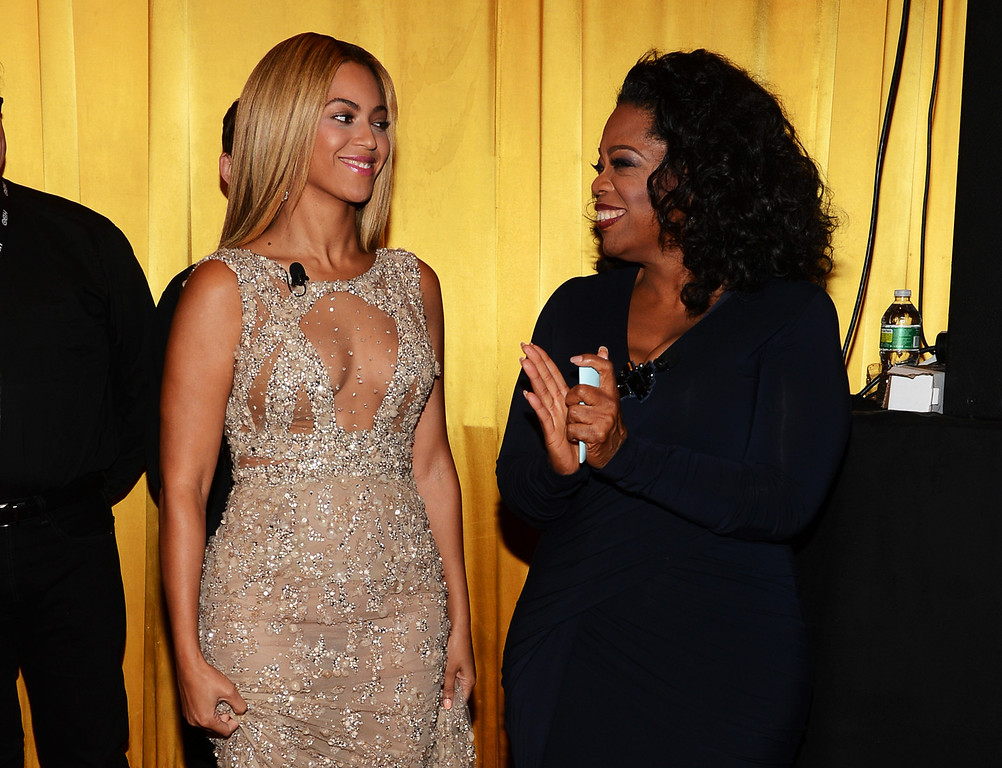 ". Beyonce and Oprah Winfrey attend the HBO Documentary Film ""Beyonce: Life Is But A Dream\"" New York Premiere at the Ziegfeld Theater on February 12, 2013 in New York City.  (Photo by Larry Busacca/Getty Images for Parkwood Entertainment)"