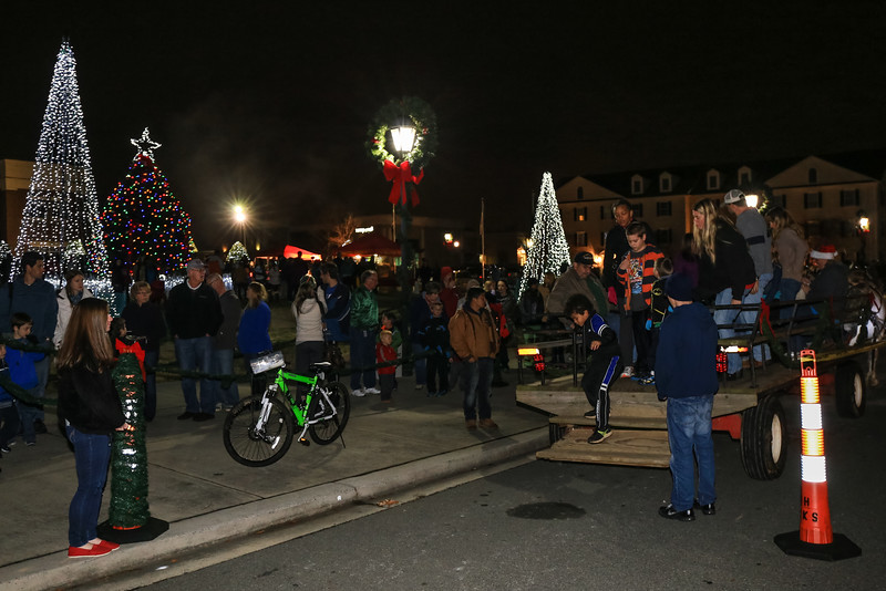 2014 Dec - Harrisburg Christmas Tree Lighting-0150.jpg
