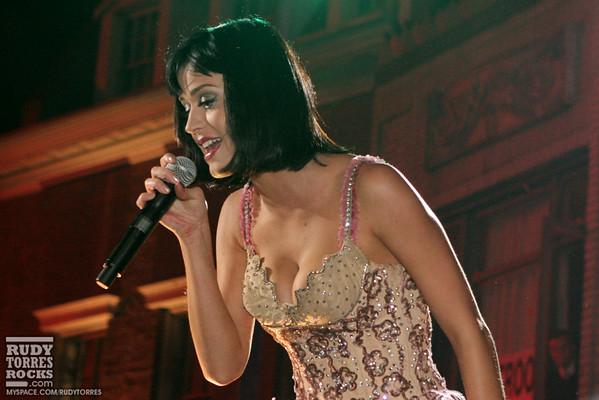 Katy Perry Performance at Gridlock NYE at Paramount Studios 12.31.08
