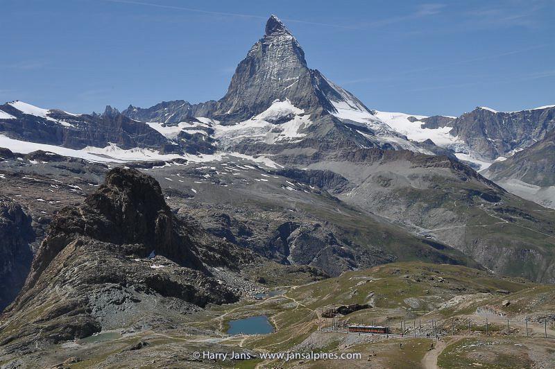 Matterhorn 4476m & Riffelsee