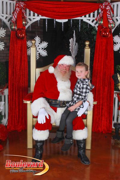 Santa 12-10-16-350.jpg