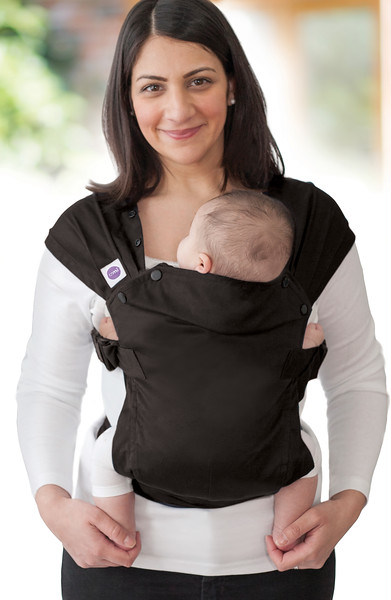 Izmi-Essentials-Black-Mum-Front-Carry-Face-On.jpg
