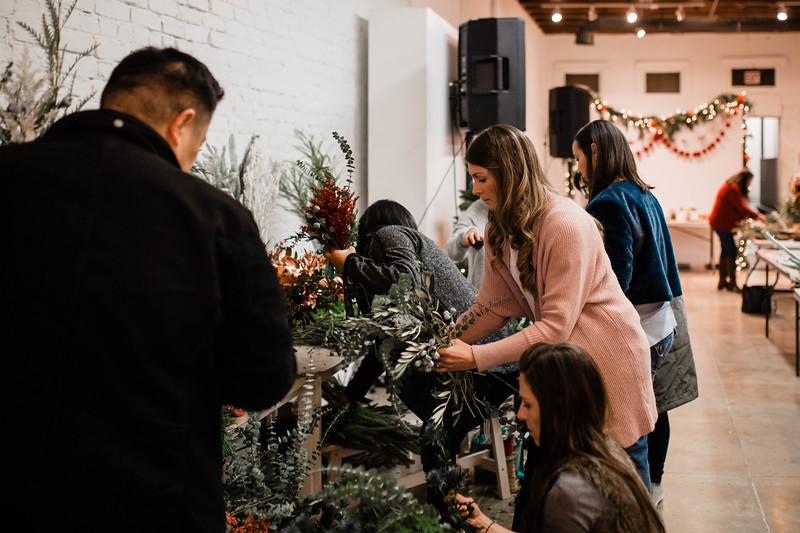 2019_12_18_wreath workshop_JE-9.jpg