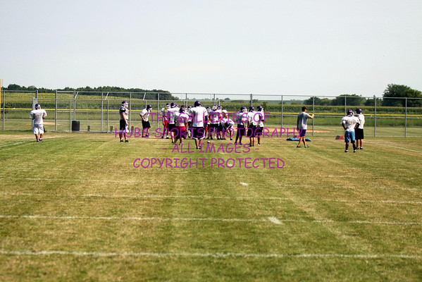 2011 RTHS HUBS FOOTBALL PADDED CAMP