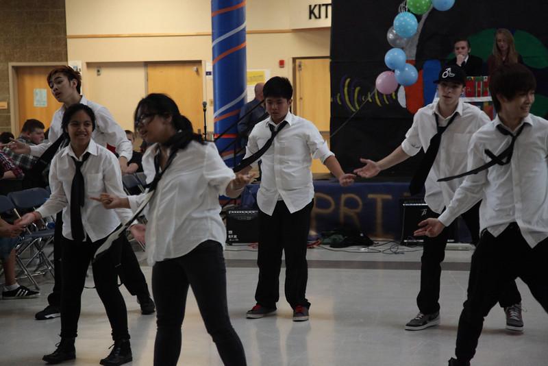 2014-05-23 AMHS Multi-Cultural Fair Assembly 040.JPG
