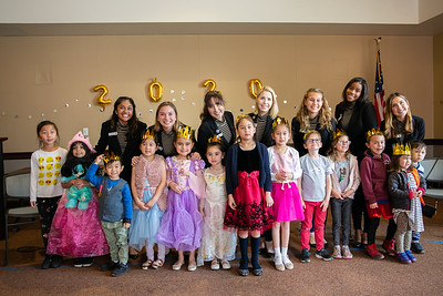 Crowell Hosts Rose Princesses at Storytime
