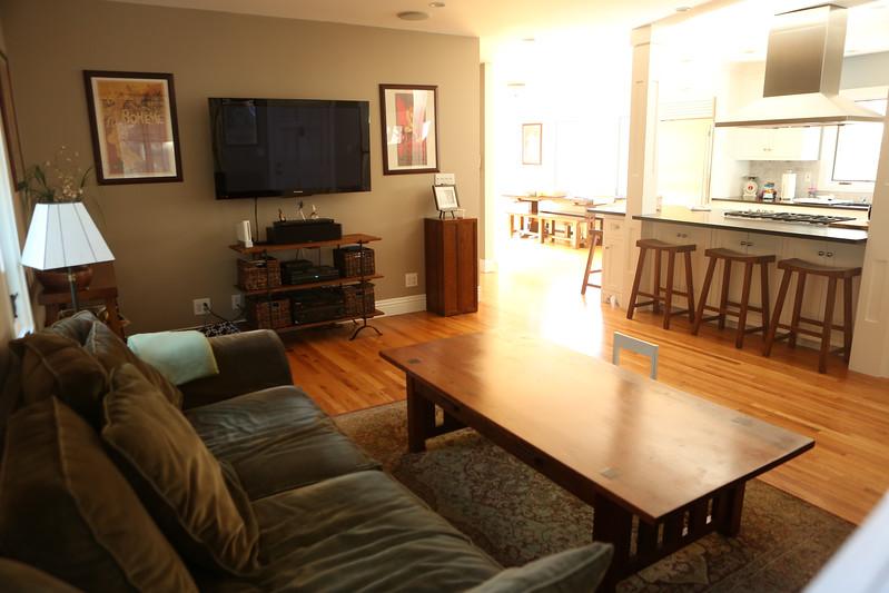 040_Livingroom3.jpg