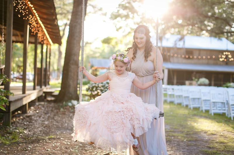 CAP2017-MadisonKyle-WEDDING-Giselle-TuckersFarmhouse-1027.jpg