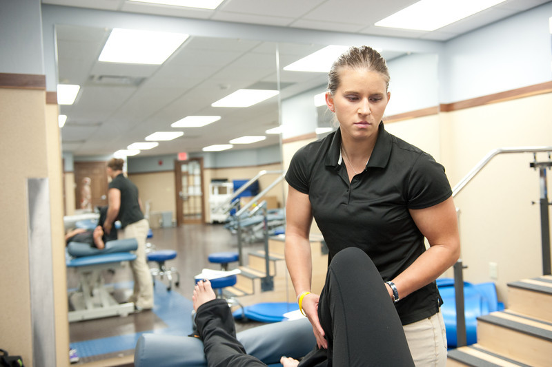 Physical_Therapy_Class-7075.jpg