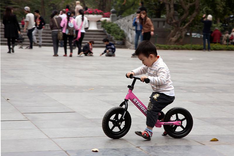 bike_boy.jpg