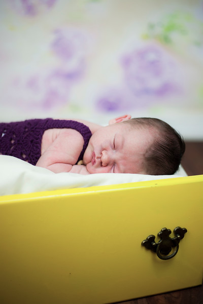 newborn05.jpg