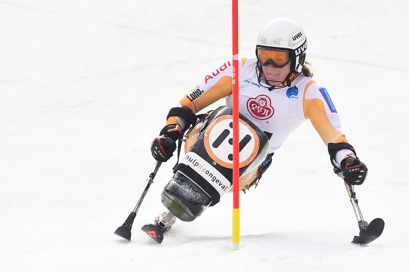 18-3-2017 SKIEN: 2017 WORLD PARA SKIEN WORLD CUP FINALS: PYEONGCHANG Linda van Impelen. Slalom. Foto: Mathilde Dusol