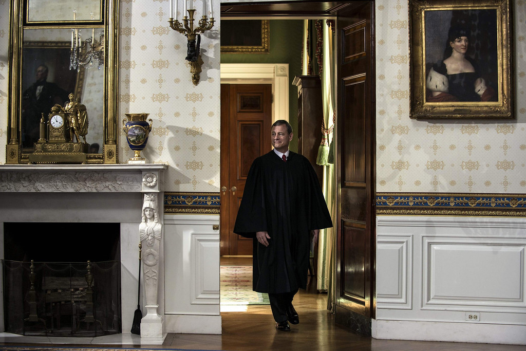 . U.S, Supreme Court Chief Justice John Roberts arrives to administer the oath to President Barack Obama  at the White House in Washington January 20, 2013.  REUTERS/Brendan Smialowski