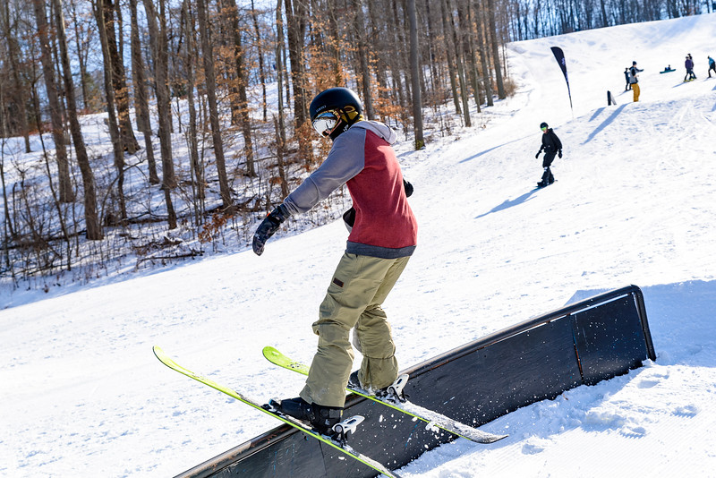 The-Woods-Party-Jam-1-20-18_Snow-Trails-3756.jpg