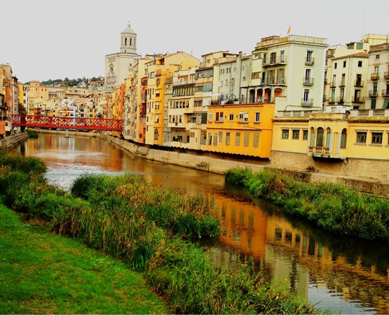 Early evening glow in Girona #tbex #incostabrava