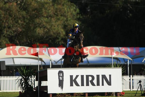 2016 12 10 Eventing in the Park Grand Prix 27 Sophie Warren Eminence