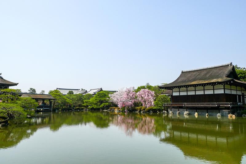 Heian Jingu Shrine park