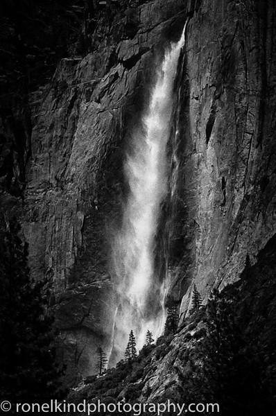 Yosemite B&W-0002.jpg