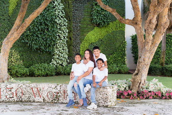 Jessica Family Portraits