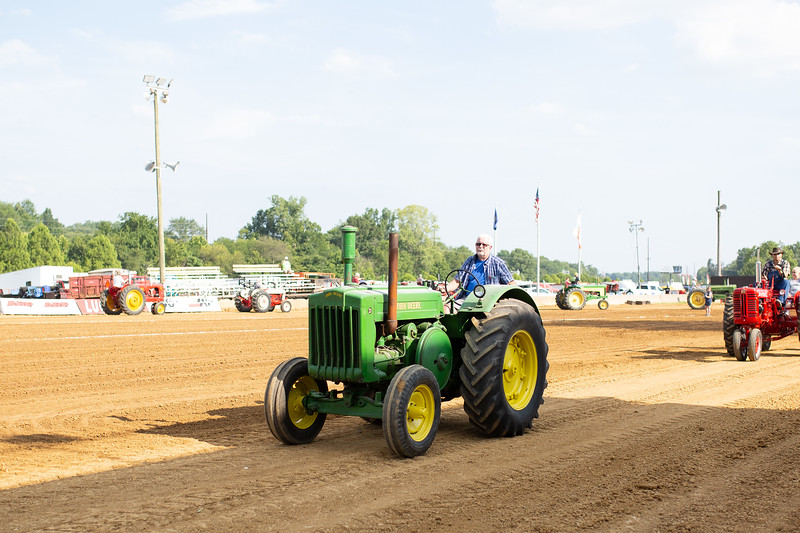 Antique Tractor Parade-7.jpg