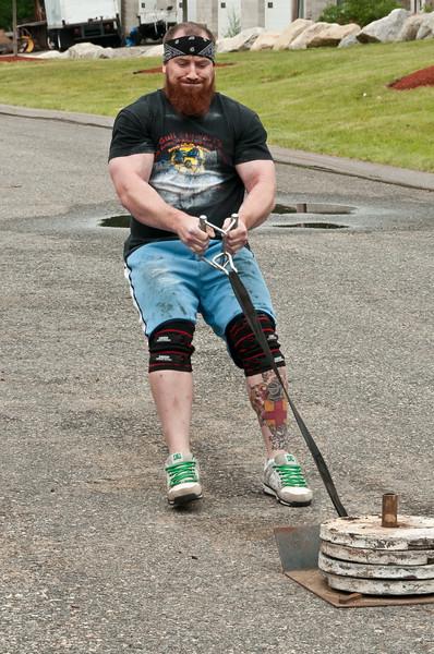Fitness Revolution Strongman Challenge 2011_ERF4303.jpg