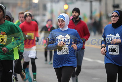 5K at 1.9 mile mark Gallery 1 - 2016 S3 Detroit Turkey Trot