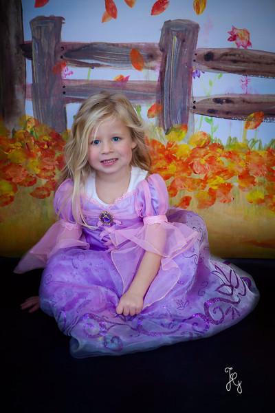 Feranec Halloween Party Kids-7.JPG