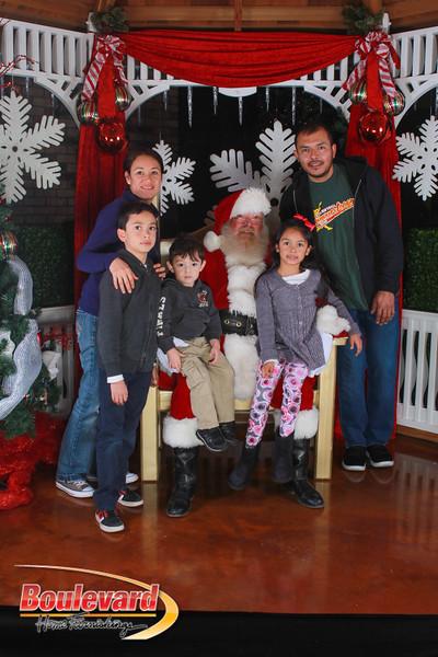Santa 12-17-16-393.jpg
