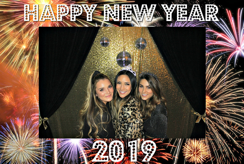 New Years 2019 Photobooth Pics (8).jpg