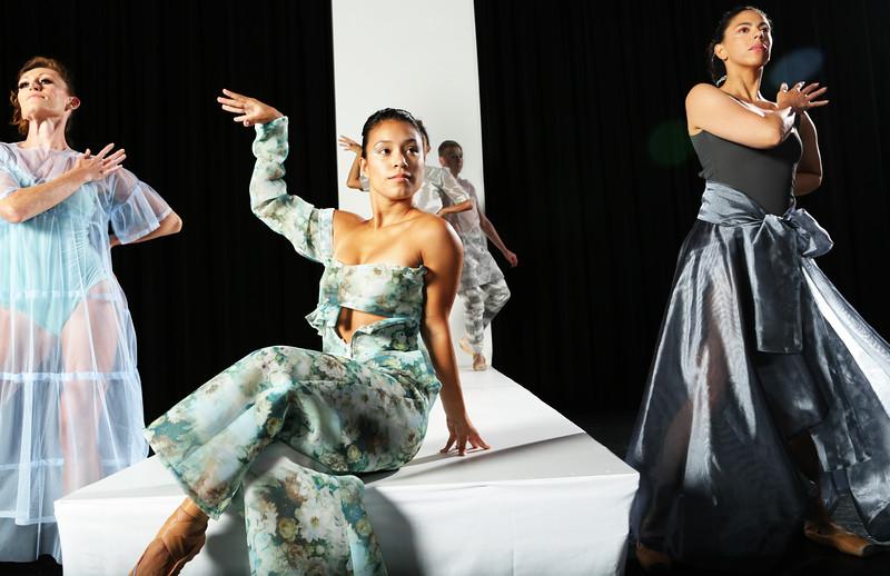 Armada Dance & Aquasia Qu Clarke