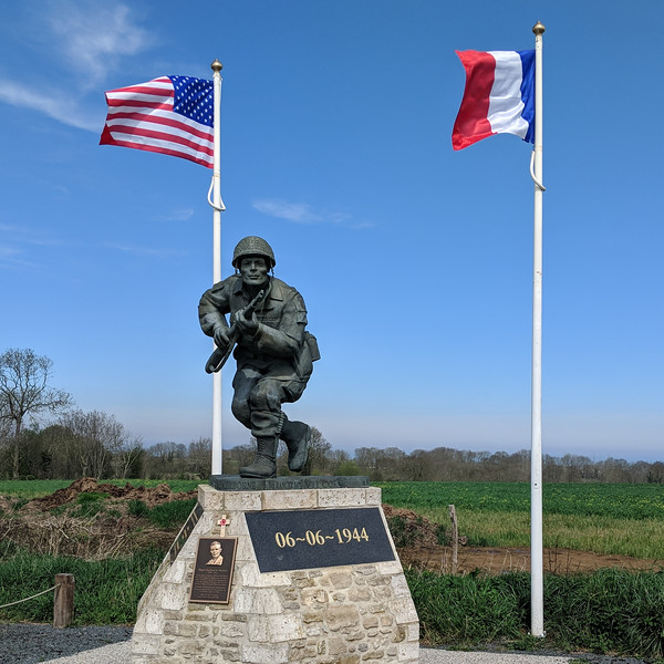 Richard Winters leadership monument in hedgerows