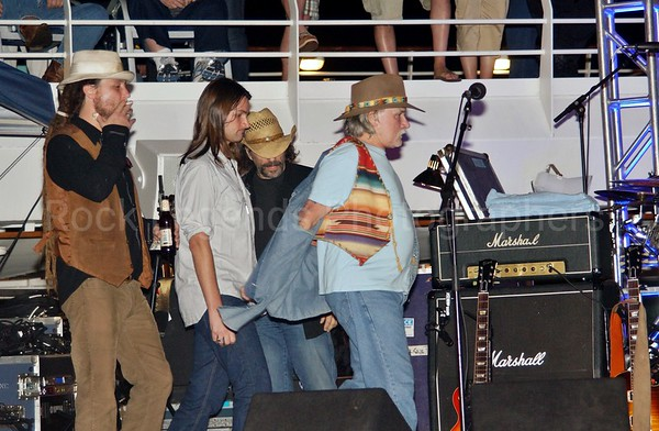 DICKEY BETTS CONCERT PHOTOS ROCK LEGENDS CRUISE 1