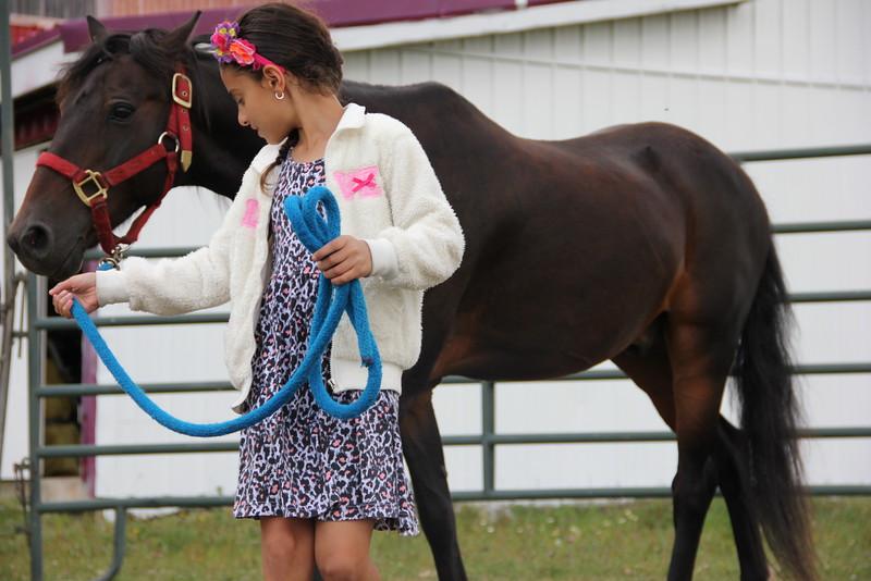kars4kids_thezone_camp_girlsDivsion_activities_HorseBackRiding (14).JPG