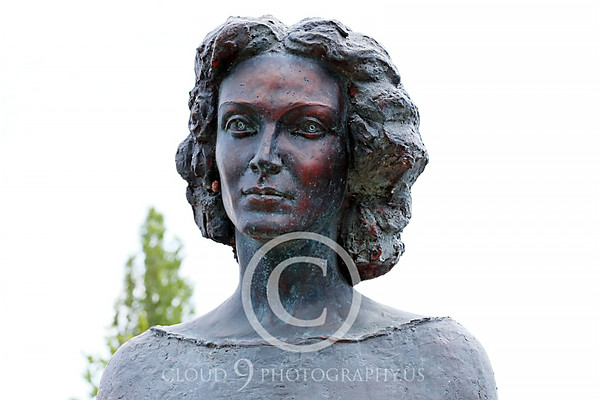 Centenar Maria Tanase Statuary Pictures