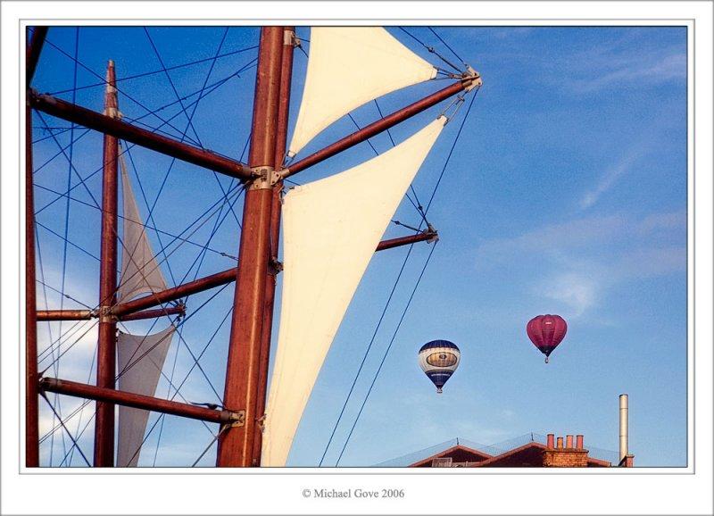 Balloons over Bristol (64229261).jpg