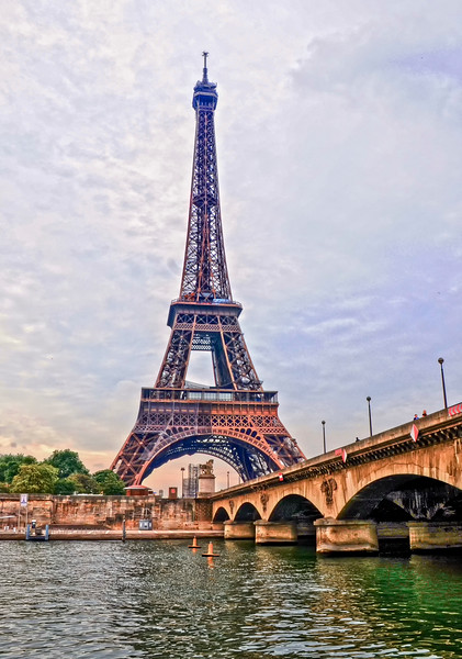 Paris_Eiffel Tower-2.jpg