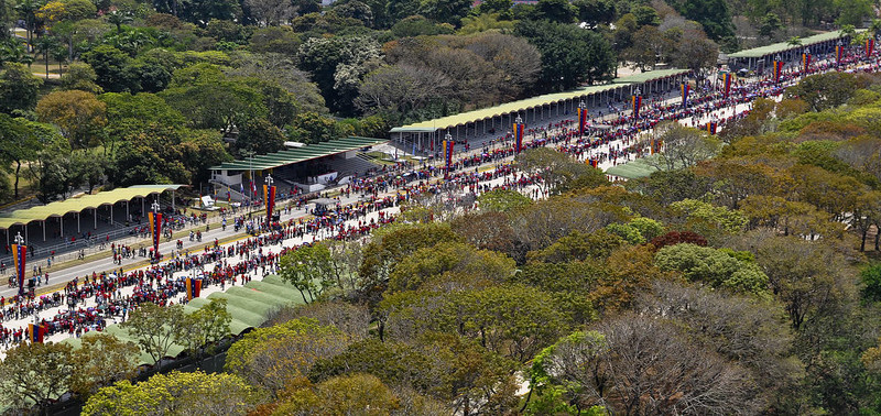 . Supporters of the late Venezuelan President Hugo Chavez queueing outside the Military Academy chapel to pay last respects to the leader on March 7, 2013 in Caracas. Venezuelans filed past the open casket of late President Hugo Chavez as he lay in state.   LUIS CAMACHO/AFP/Getty Images