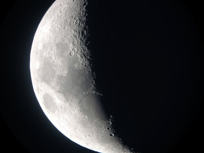 Moon - 6 inch f-10 -2004-Modified.jpg